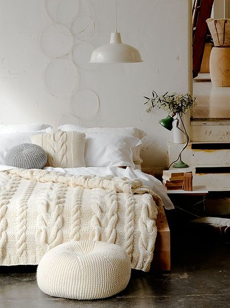cable knit bed2