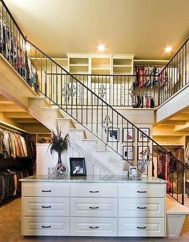 closet-2-1-story