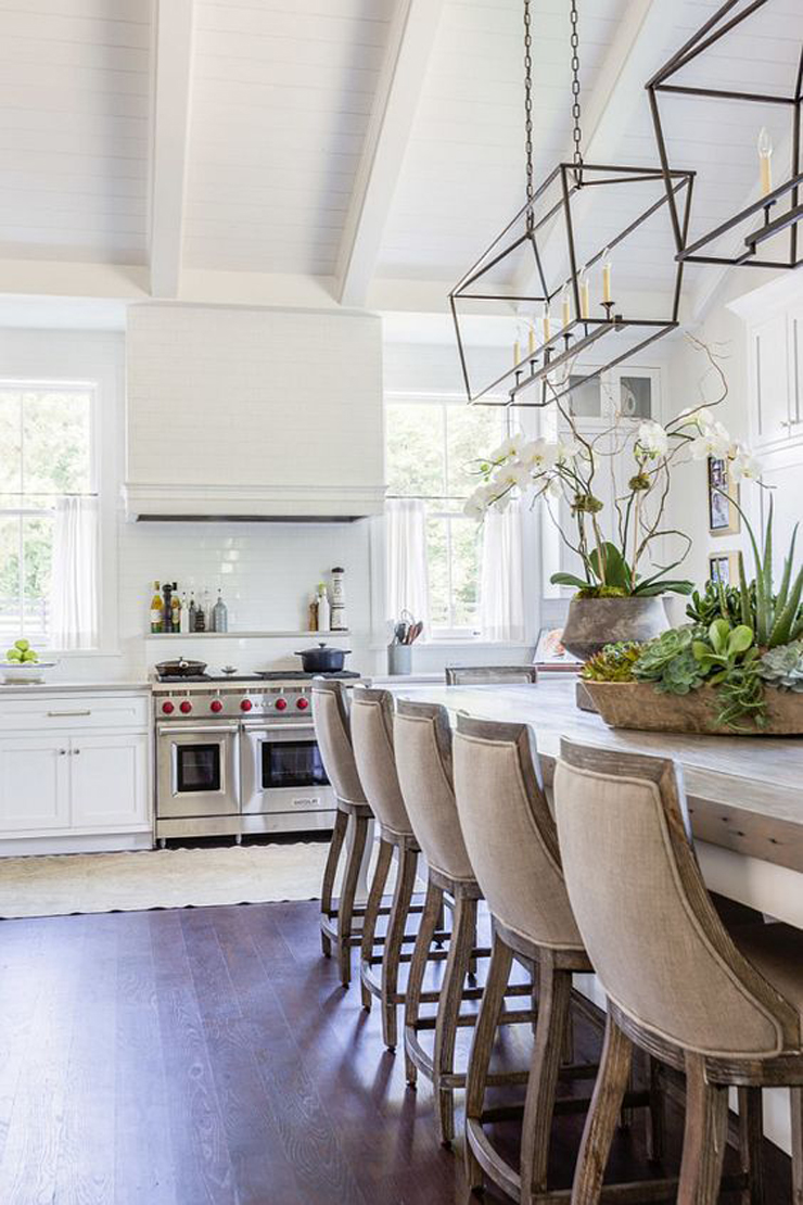 Farmhouse Kitchen 6 - Castle Homes